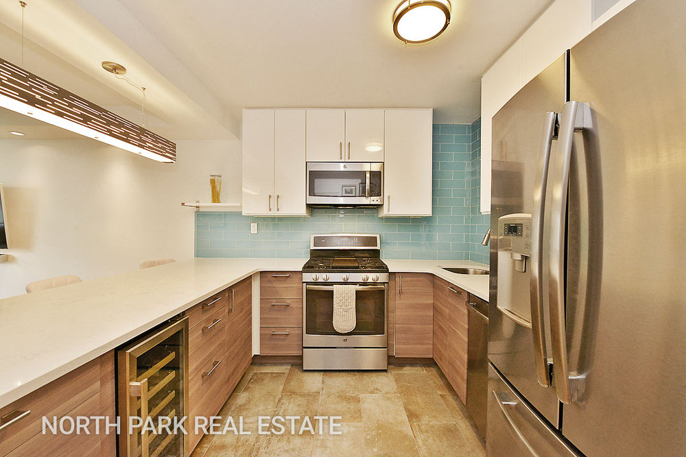 West_70th_Street_315_5F_Kitchen_npre.jpg