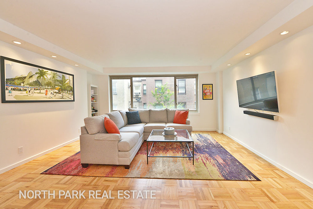 West_70th_Street_315_5F_Living__Room_2_npre.jpg
