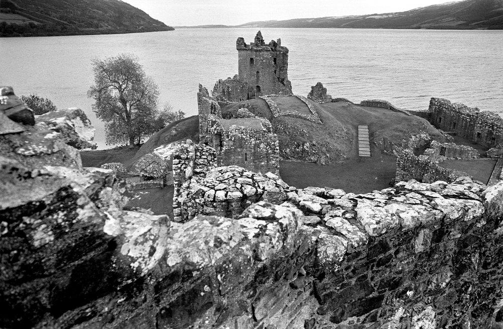 Urguhart Castle @ Loch Ness.jpg