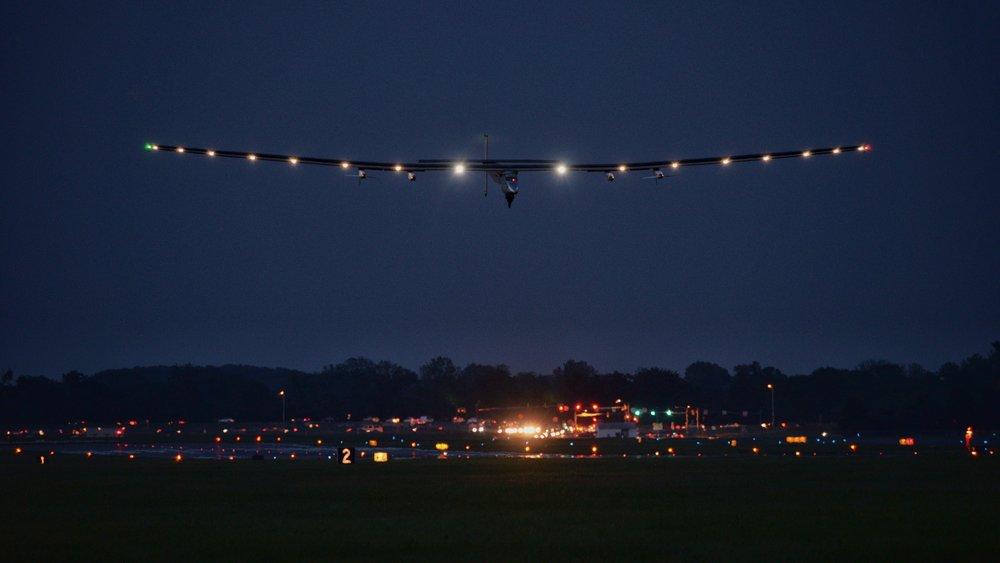 Solar Impulse 2 Landing, Lehigh Valley, Pa.