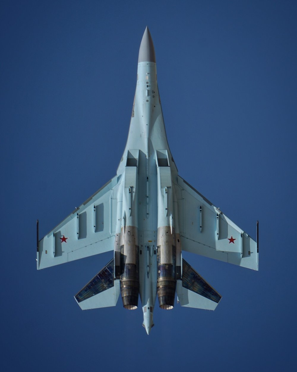 A Russian SU-35 at the 2017 Dubai Airshow