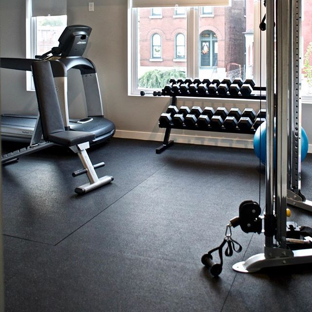 Starting to think about your New Year's resolutions? — #newyearsresolution #newyearsresolution #nye #2018 #fitnessgoals #startthenewyearright #newyearnewyou #befit #behealthy #bestrong #thegrovestl #urbanliving #loftlife #amenities #stl #stlouis