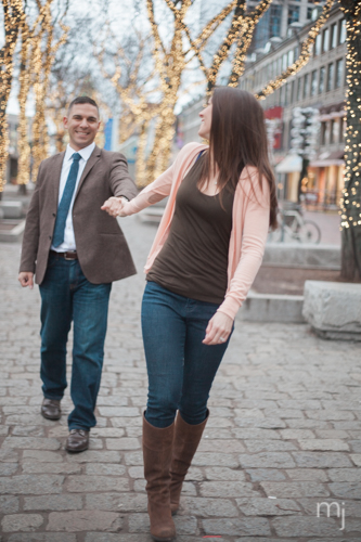 Quincy-Market-Engagement-christmas-tree-boston-wedding-photographer-photo-3