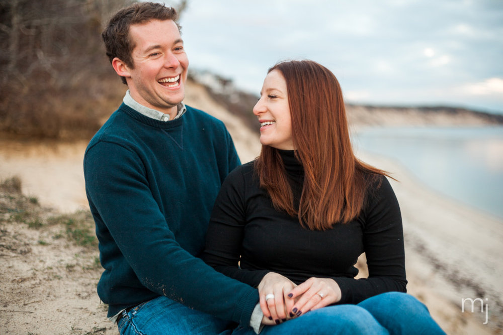 engagement-session-sagamore-beach-blanket-boston-cape-cod-wedding-photographer-photo-5648