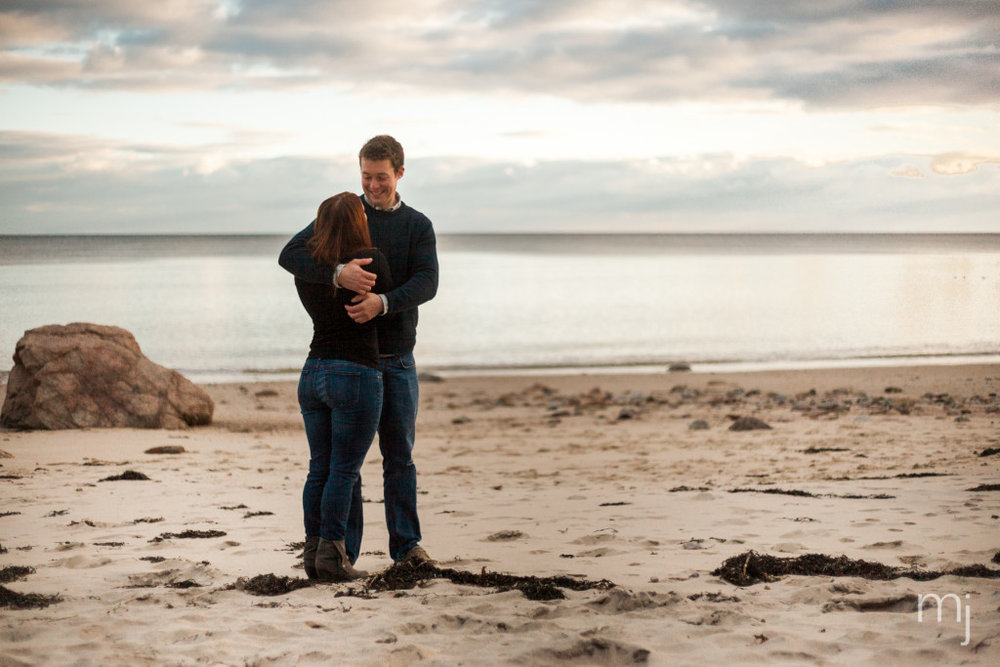 engagement-session-sagamore-beach-blanket-boston-cape-cod-wedding-photographer-photo-5885