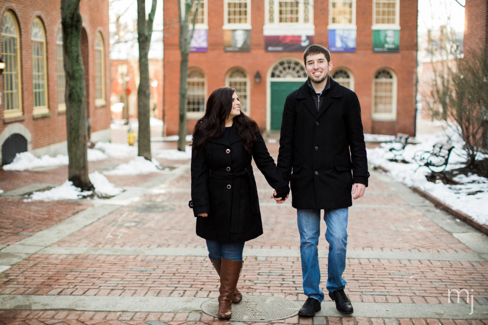 salem-winter-engagement-session-christmas-lights-snow-boston-wedding-photographer-photo-7662