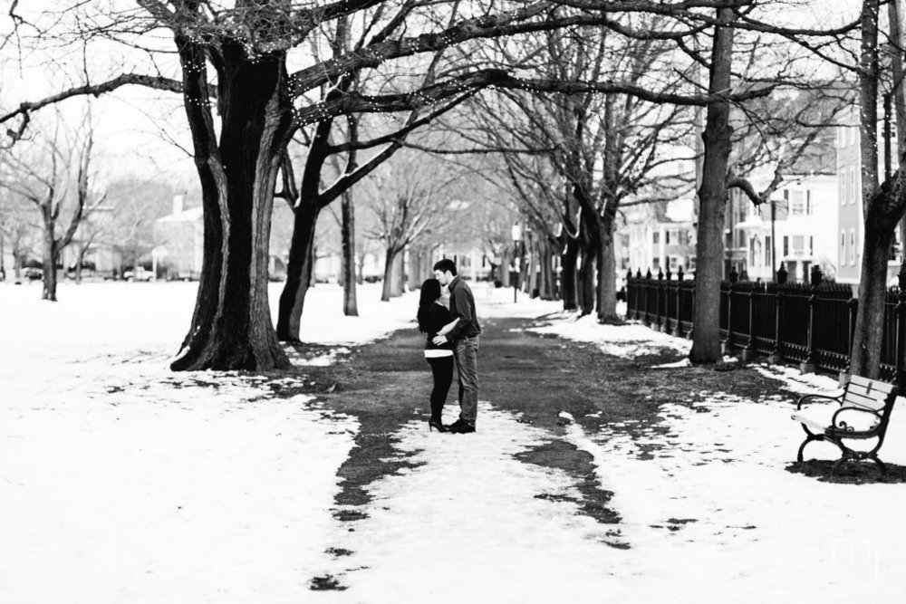 salem-winter-engagement-session-christmas-lights-snow-boston-wedding-photographer-photo-8011