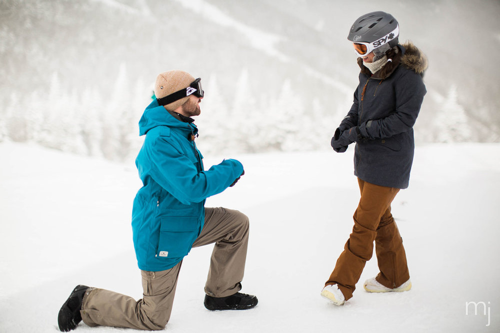 winter-proposal-engagement-ski-whiteface-mountain-snowboard-boston-wedding-photographer-photo