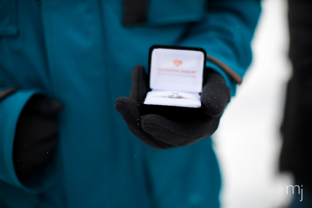 winter-proposal-engagement-ski-whiteface-mountain-snowboard-boston-wedding-photographer-photo-8216