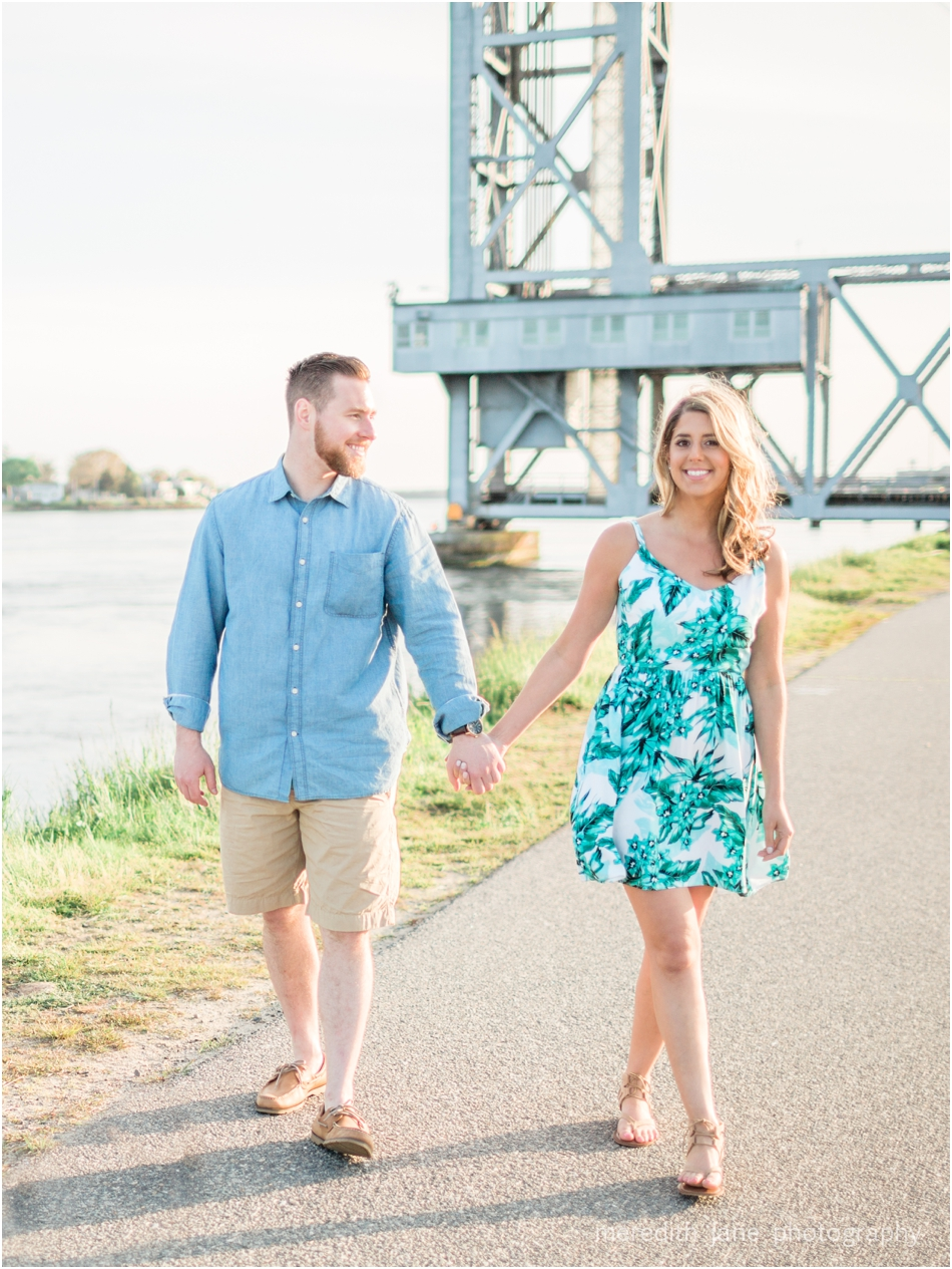 cape-cod-canal-train-engagement-shoot-boston-wedding-photographer-photo_0064