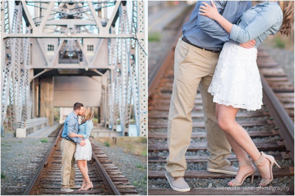 cape-cod-canal-train-engagement-shoot-boston-wedding-photographer-photo_0076