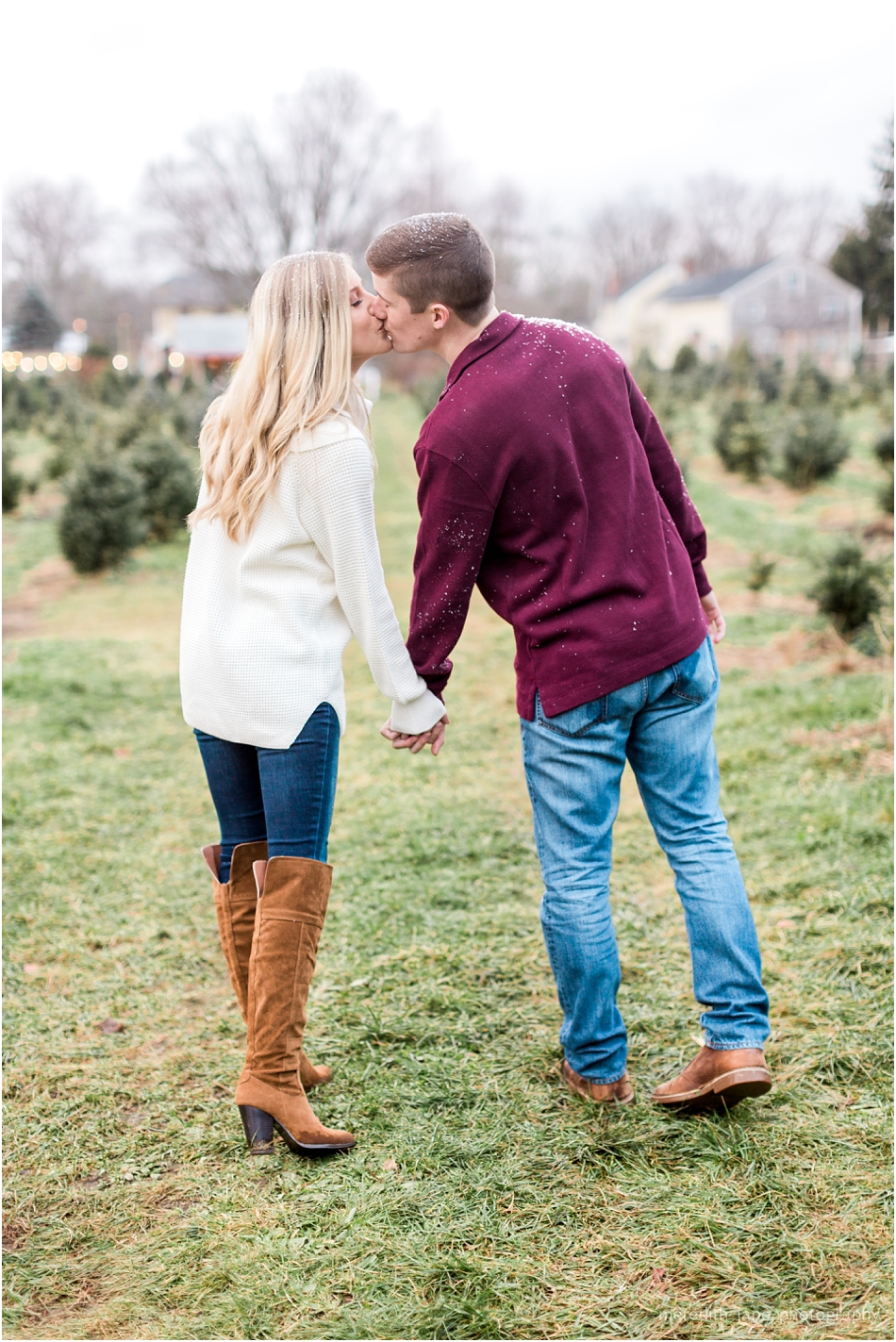 mistletoe_holiday_tree_farm_christmas_boston_massachusetts_engagement_fall_cape_cod_wedding_photographer_Meredith_Jane_Photography_photo_1012.jpg