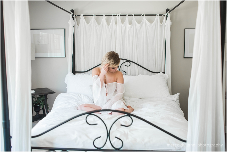 falmouth_boudoir_editorial_boston_massachusetts_cape_cod_new_england_wedding_photographer_Meredith_Jane_Photography_photo_1248.jpg
