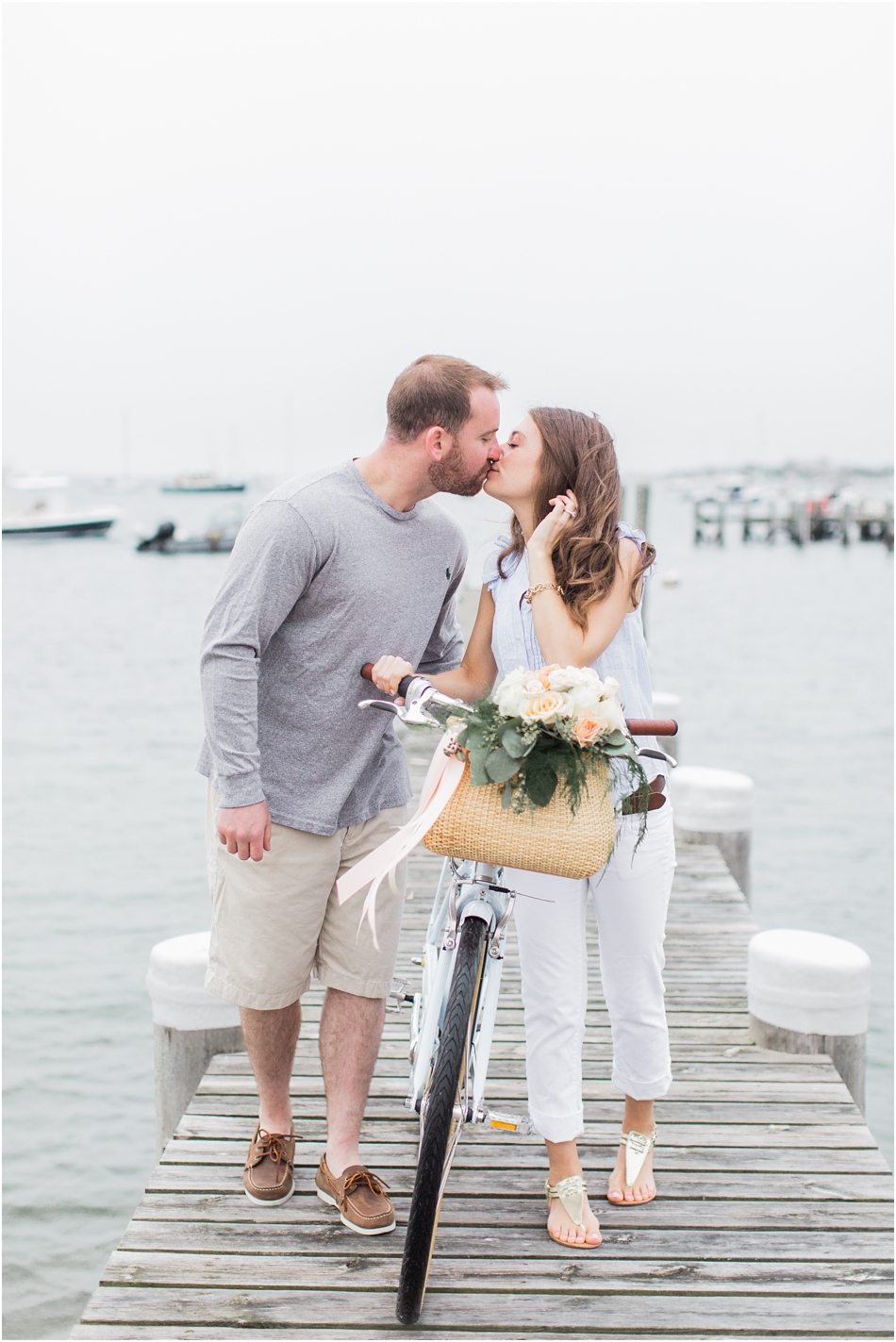 nantucket_engagement_session_downtown_bike_basket_breezer_downtown_8_boston_massachusetts_cape_cod_new_england_wedding_photographer_Meredith_Jane_Photography_photo_1435.jpg