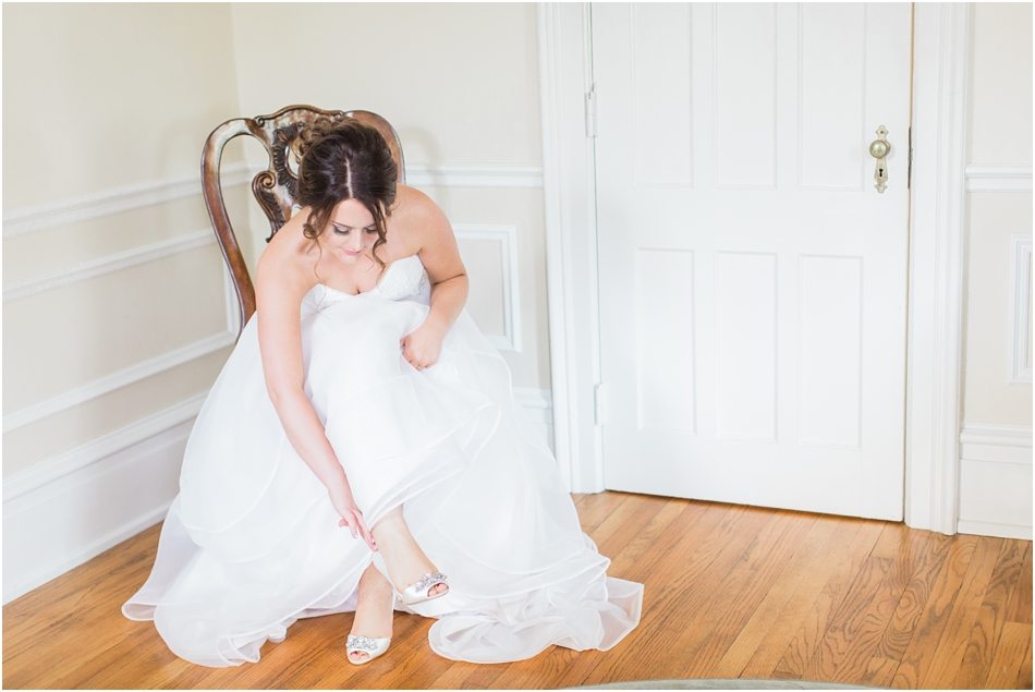 river_stone_manor_glenville_ny_new_york_upstate_valerie_philip_albany_cape_cod_boston_new_england_wedding_photographer_Meredith_Jane_Photography_photo_0011.jpg
