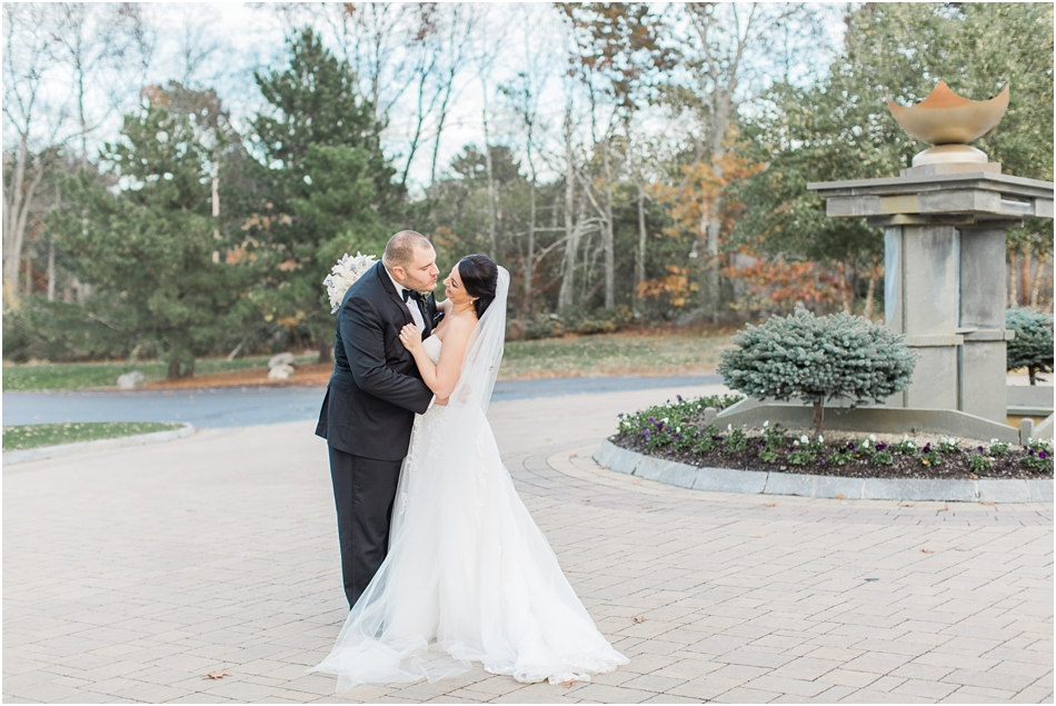 north_reading_lauren_sal_ballroom_cape_cod_boston_new_england_wedding_photographer_Meredith_Jane_Photography_photo_0129.jpg