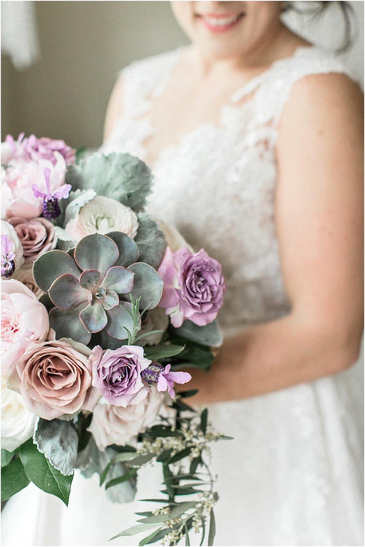 courtney_kurt_cape_cod_popponessett_inn_dowses_beach_boston_wedding_meredith_jane_photography_photo_0030.jpg
