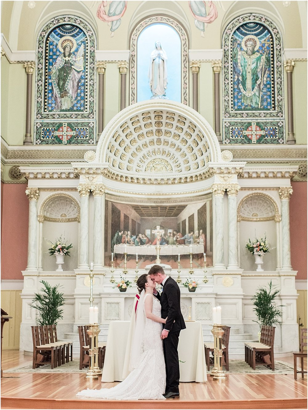 mariana_dylan_the_state_room_downtown_boston_wedding_photographer_meredith_jane_photography_photo_0131.jpg