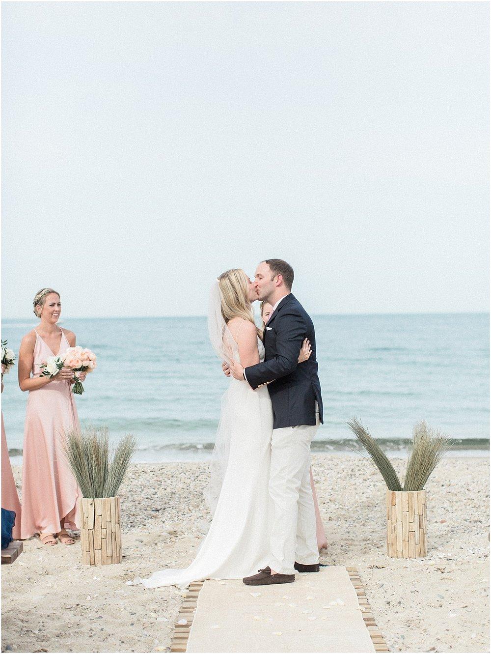 holly_sj_stephen_east_chop_beach_club_marthas_martha_s_vineyard_cape_cod_boston_wedding_photographer_meredith_jane_photography_photo_0244.jpg