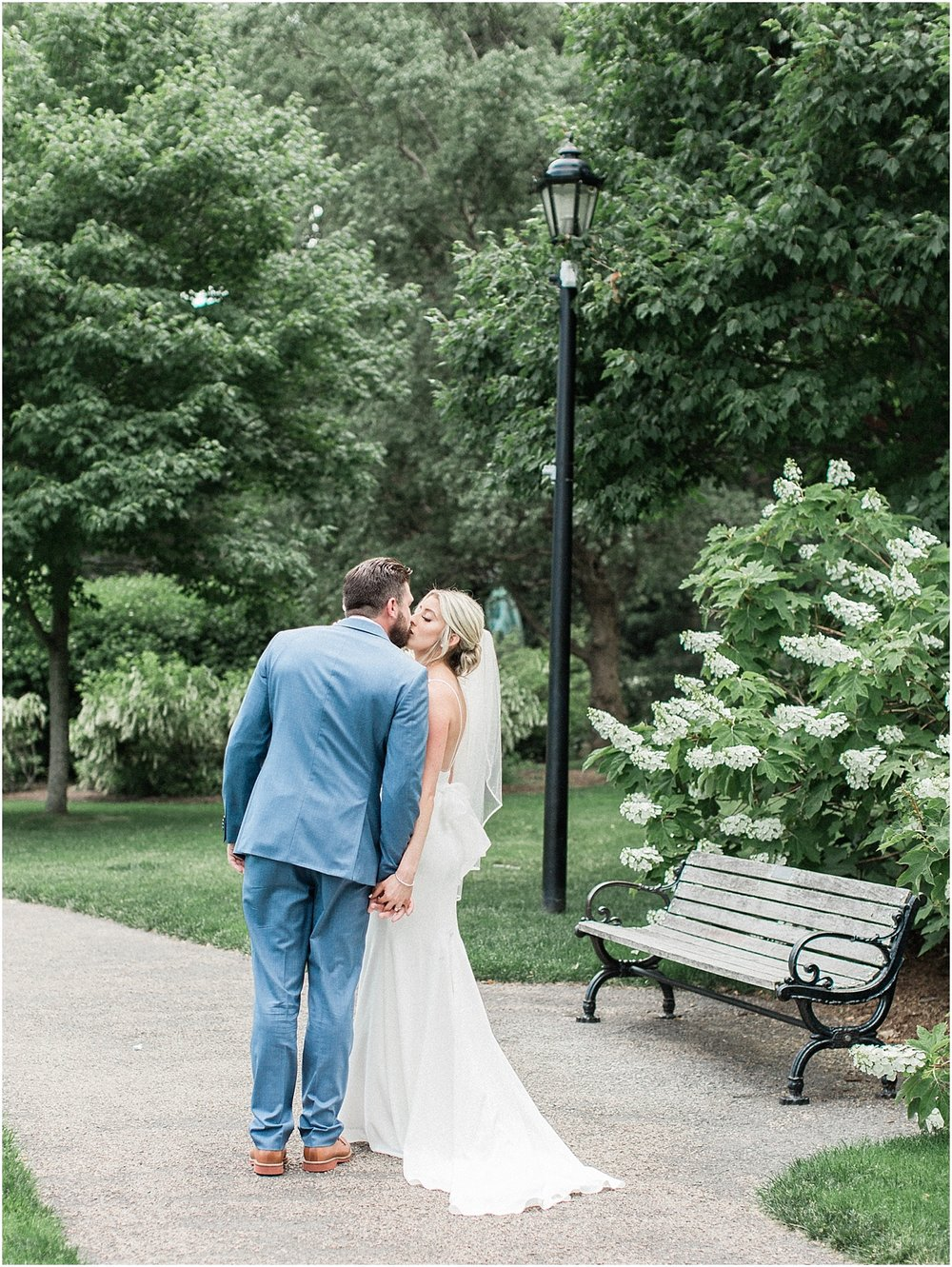 lindsey_paul_indian_pond_country_club_wild_dahlia_brewster_gardens_plymouth_cape_cod_boston_wedding_photographer_meredith_jane_photography_photo_0376.jpg