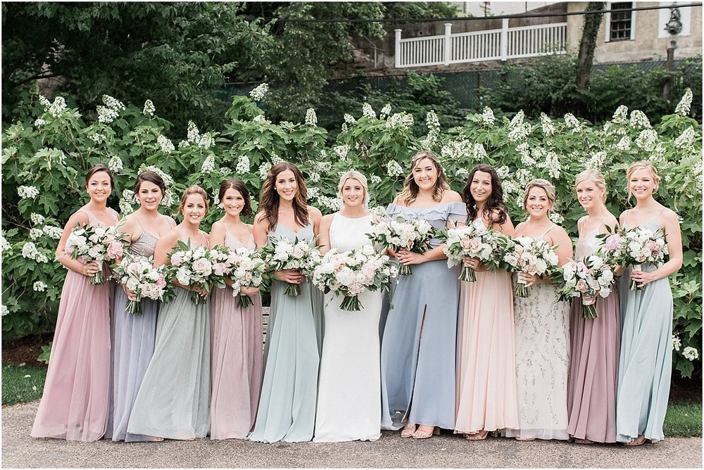 lindsey_paul_indian_pond_country_club_wild_dahlia_brewster_gardens_plymouth_cape_cod_boston_wedding_photographer_meredith_jane_photography_photo_0379.jpg