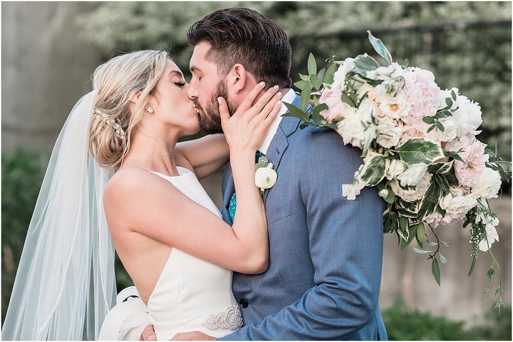 lindsey_paul_indian_pond_country_club_wild_dahlia_brewster_gardens_plymouth_cape_cod_boston_wedding_photographer_meredith_jane_photography_photo_0402.jpg