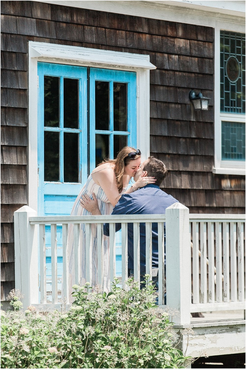 falmouth_liz_eric_proposal_boat_parents_sign_will_you_marry_me_cape_cod_boston_wedding_photographer_meredith_jane_photography_photo_0508.jpg