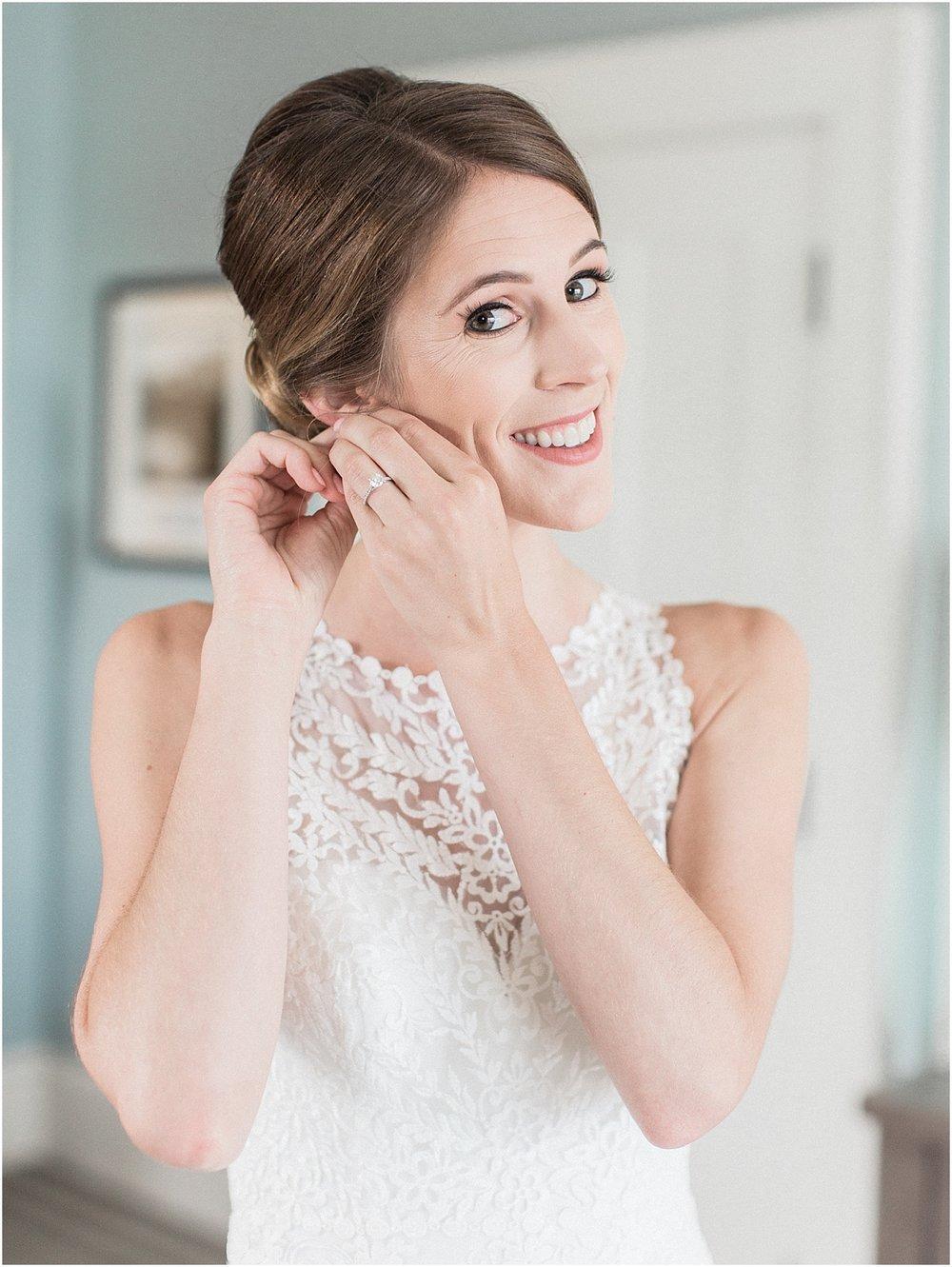 kelly_zach_cruisport_gloucester_ma_bass_rocks_cape_cod_boston_wedding_photographer_meredith_jane_photography_photo_0651.jpg