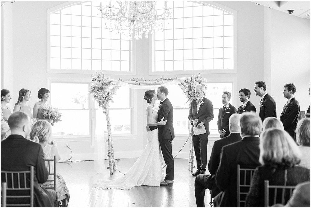 kelly_zach_cruisport_gloucester_ma_bass_rocks_cape_cod_boston_wedding_photographer_meredith_jane_photography_photo_0685.jpg