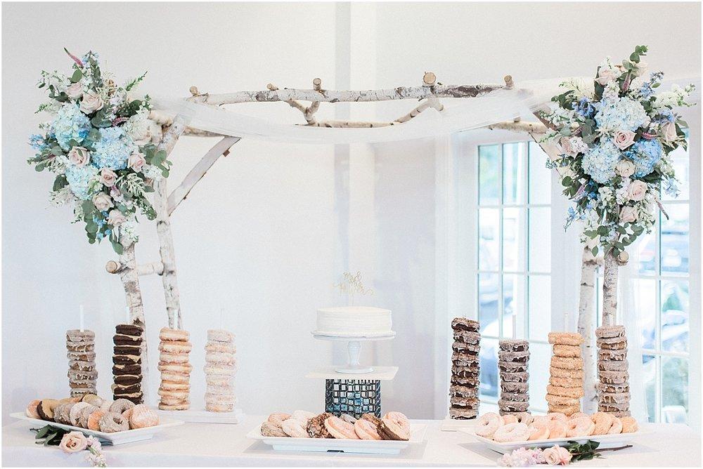 kelly_zach_cruisport_gloucester_ma_bass_rocks_cape_cod_boston_wedding_photographer_meredith_jane_photography_photo_0689.jpg
