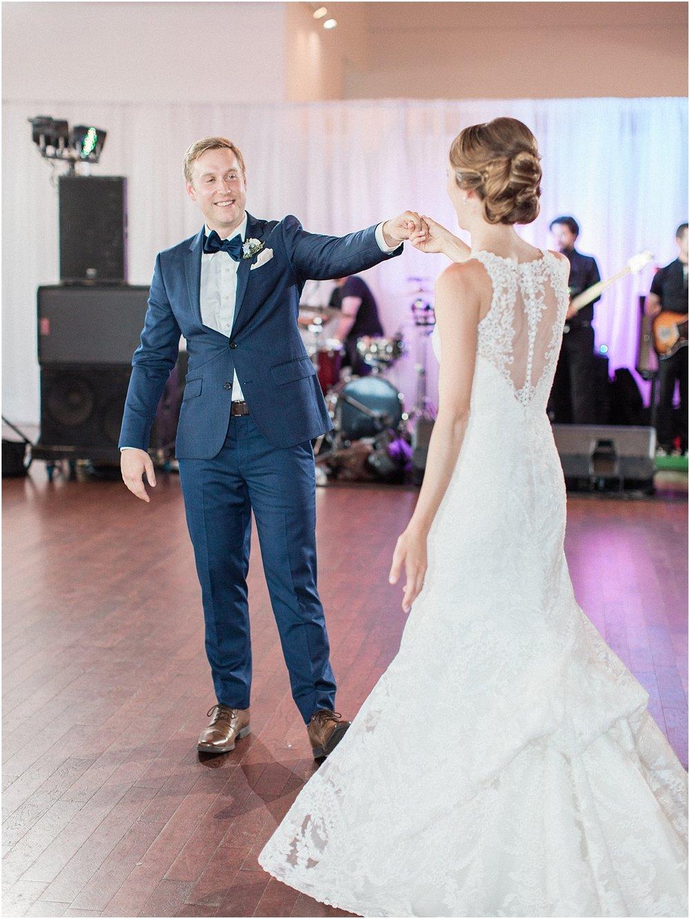 kelly_zach_cruisport_gloucester_ma_bass_rocks_cape_cod_boston_wedding_photographer_meredith_jane_photography_photo_0695.jpg