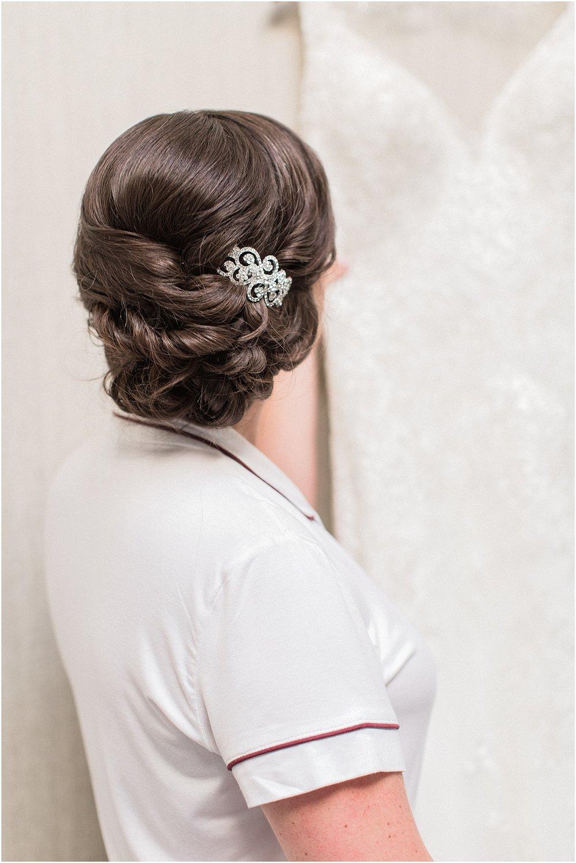 kim_matt_indian_pond_country_club_fall_burgundy_cape_cod_boston_wedding_photographer_meredith_jane_photography_photo_0965.jpg