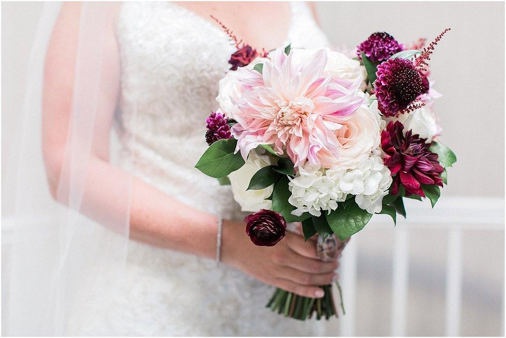kim_matt_indian_pond_country_club_fall_burgundy_cape_cod_boston_wedding_photographer_meredith_jane_photography_photo_0967.jpg