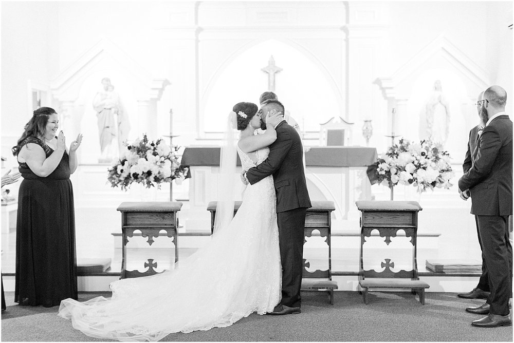 kim_matt_indian_pond_country_club_fall_burgundy_cape_cod_boston_wedding_photographer_meredith_jane_photography_photo_0974.jpg
