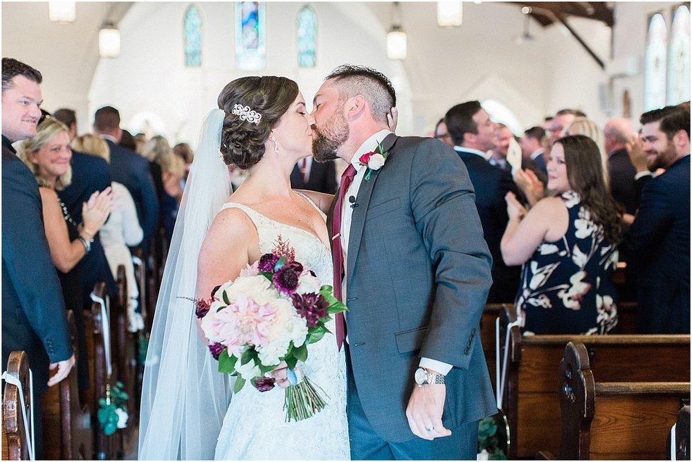 kim_matt_indian_pond_country_club_fall_burgundy_cape_cod_boston_wedding_photographer_meredith_jane_photography_photo_0975.jpg