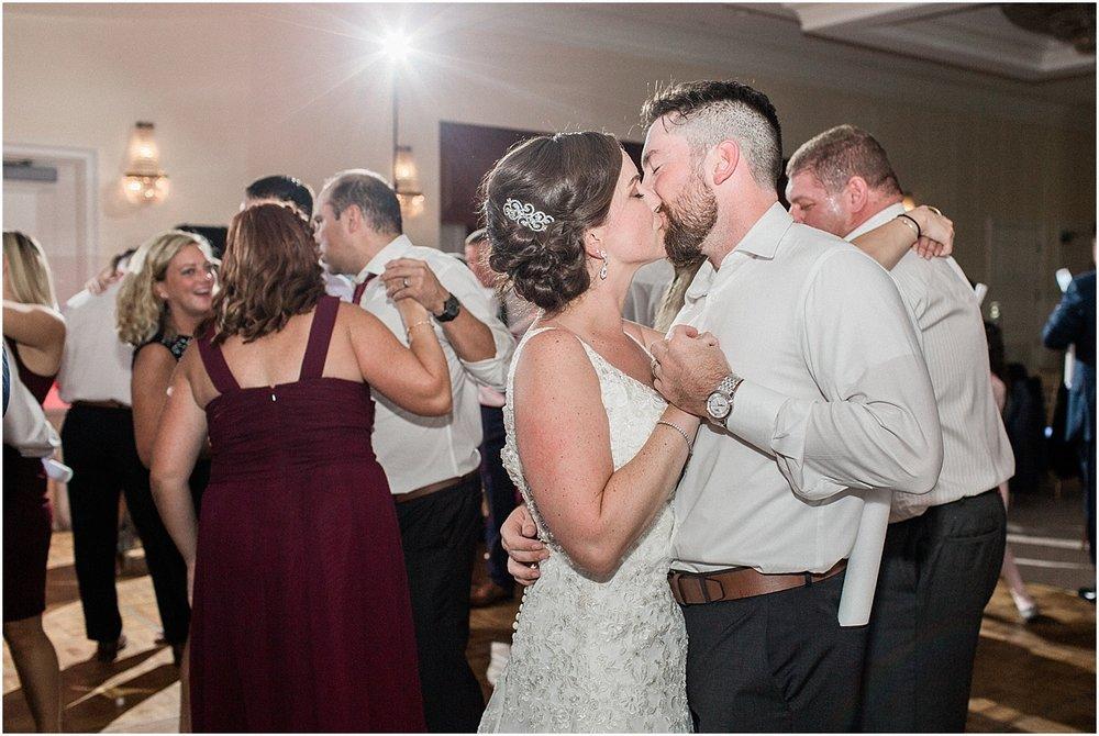 kim_matt_indian_pond_country_club_fall_burgundy_cape_cod_boston_wedding_photographer_meredith_jane_photography_photo_1006.jpg