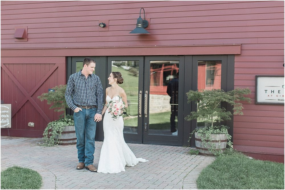jackie_brad_barn_at_gibbett_hill_country_yellow_lab_fall_burgundy_cape_cod_boston_wedding_photographer_meredith_jane_photography_photo_1018.jpg