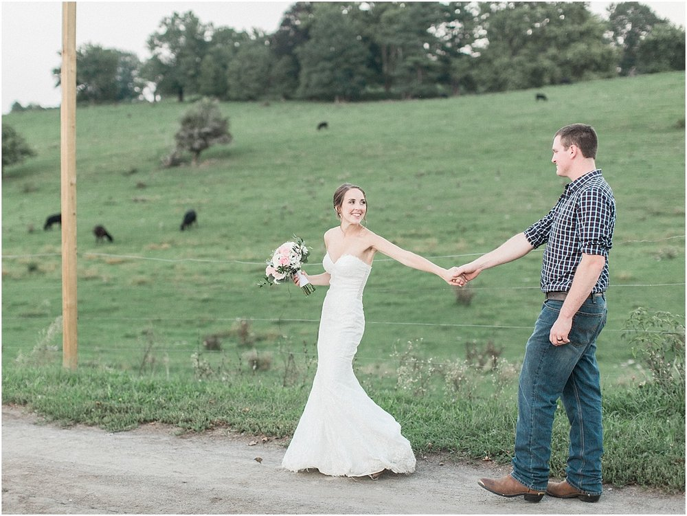 jackie_brad_barn_at_gibbett_hill_country_yellow_lab_fall_burgundy_cape_cod_boston_wedding_photographer_meredith_jane_photography_photo_1056.jpg