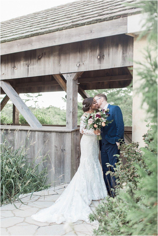 melissa_dan_the_pavilion_at_pine_hills_fall_wine_cape_cod_boston_wedding_photographer_meredith_jane_photography_photo_1171.jpg