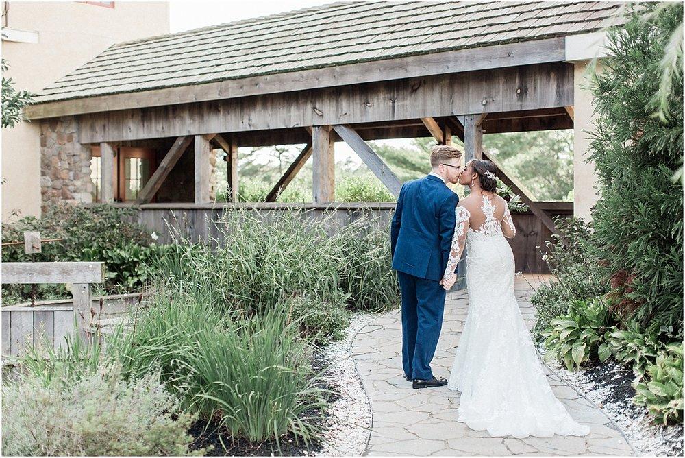 melissa_dan_the_pavilion_at_pine_hills_fall_wine_cape_cod_boston_wedding_photographer_meredith_jane_photography_photo_1182.jpg