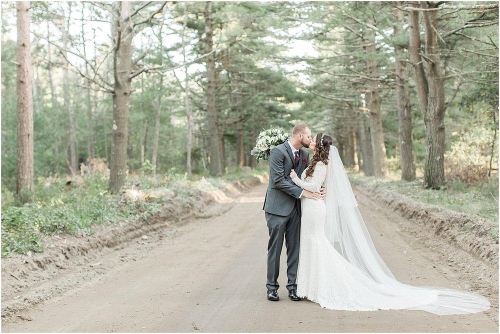 christina_frank_the_pavilion_at_pine_hills_fall_wine_cape_cod_boston_wedding_photographer_meredith_jane_photography_photo_1244.jpg