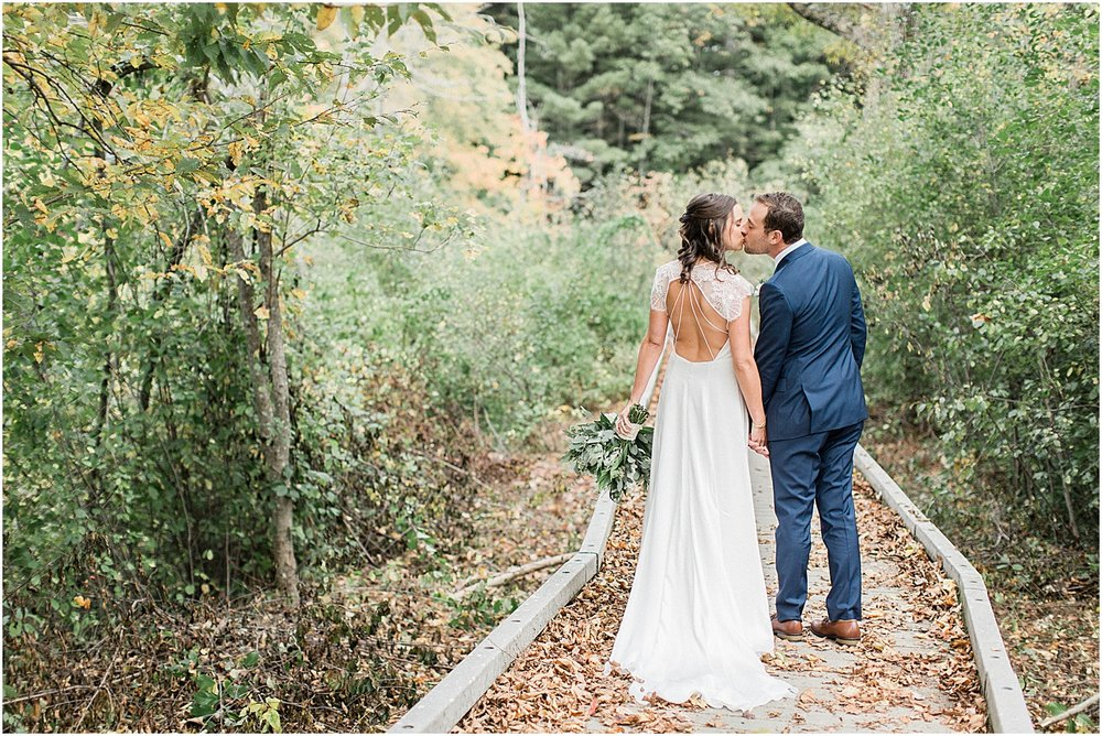 jenna_mike_willowdale_estate_topsfield_neutral_whites_greens_fall_cape_cod_boston_wedding_photographer_meredith_jane_photography_photo_1434.jpg