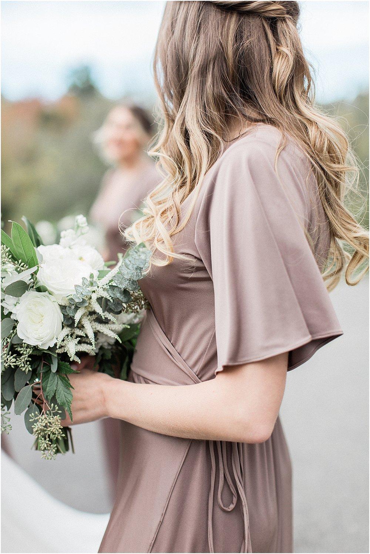 jenna_mike_willowdale_estate_topsfield_neutral_whites_greens_fall_cape_cod_boston_wedding_photographer_meredith_jane_photography_photo_1446.jpg