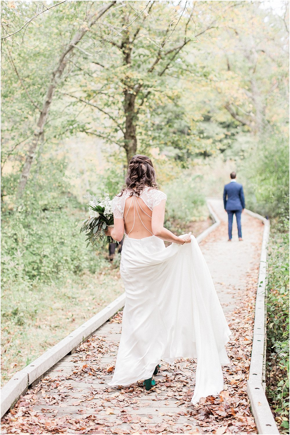 jenna_mike_willowdale_estate_topsfield_neutral_whites_greens_fall_cape_cod_boston_wedding_photographer_meredith_jane_photography_photo_1473.jpg