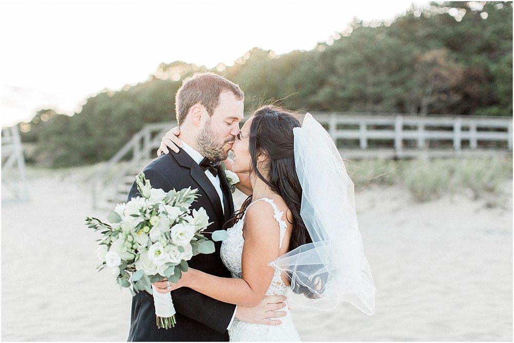 michelle_matt_popponesset_inn_celebrations_new_seabury_fall_cape_cod_boston_wedding_photographer_meredith_jane_photography_photo_1581.jpg