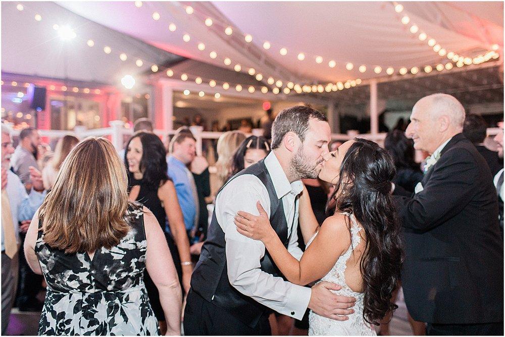 michelle_matt_popponesset_inn_celebrations_new_seabury_fall_cape_cod_boston_wedding_photographer_meredith_jane_photography_photo_1597.jpg