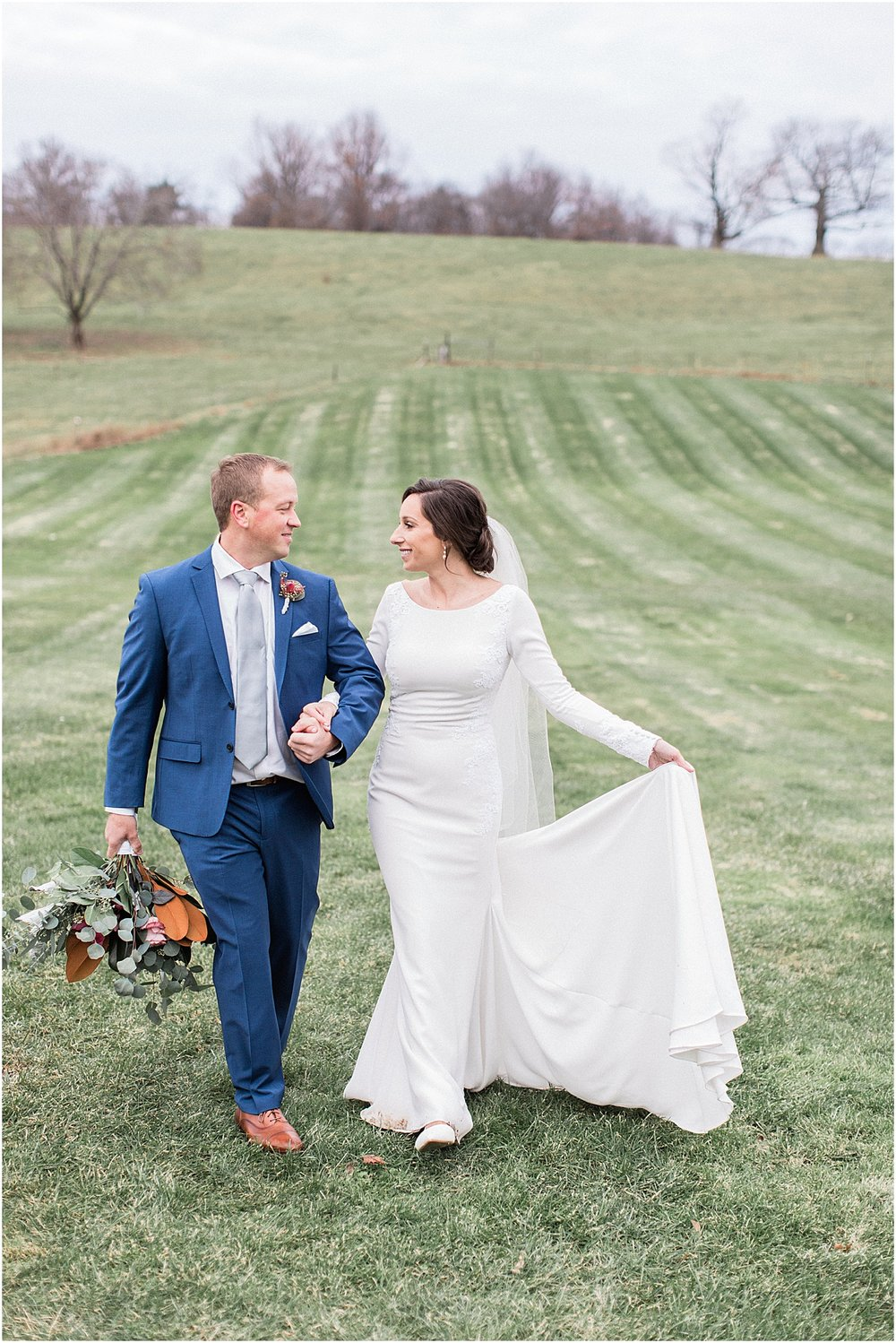 the_barn_at_gibbet_hill_late_fall_winter_long_sleeve_gown_cape_cod_boston_wedding_photographer_meredith_jane_photography_photo_1803.jpg