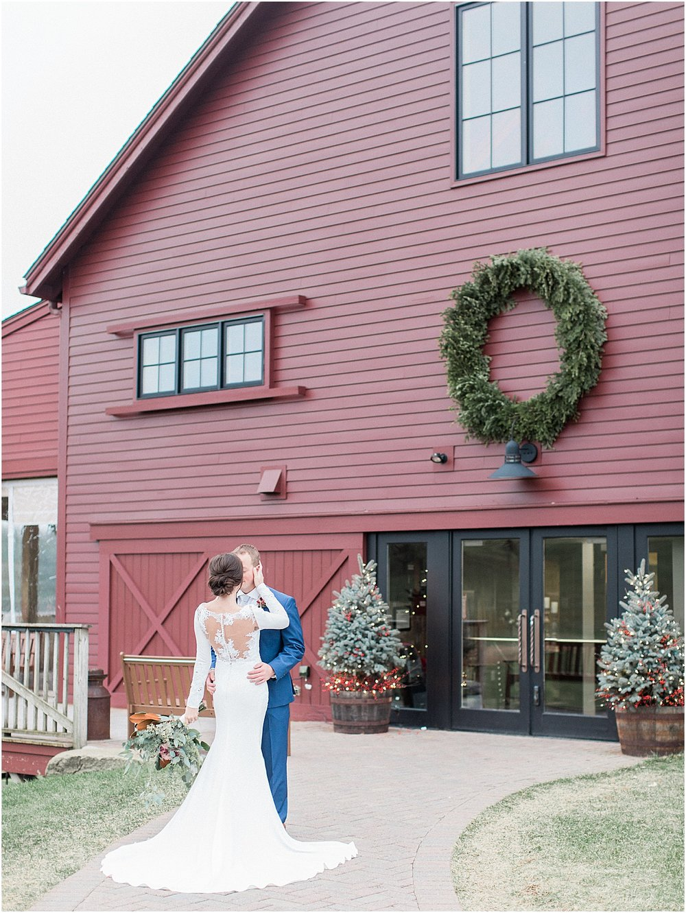 the_barn_at_gibbet_hill_late_fall_winter_long_sleeve_gown_cape_cod_boston_wedding_photographer_meredith_jane_photography_photo_1825.jpg