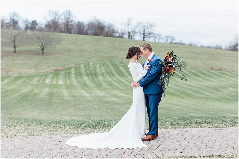 the_barn_at_gibbet_hill_late_fall_winter_long_sleeve_gown_cape_cod_boston_wedding_photographer_meredith_jane_photography_photo_1826.jpg