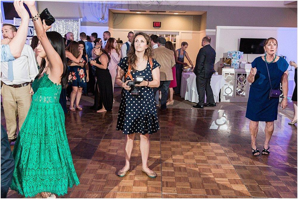 bloopers_2018_cape_cod_boston_wedding_photographer_meredith_jane_photography_chris_kerr_hunter_photo_1855.jpg